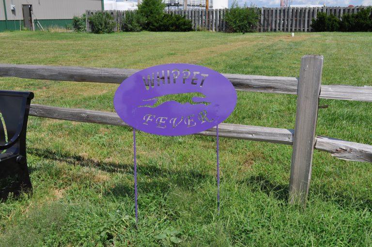 Minden Whippet Sign